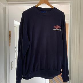Umbro sweater