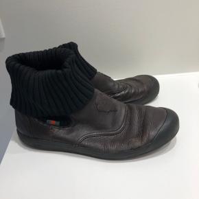 Super behagelig Gucci sko. De er meget brugt men meget behagelige