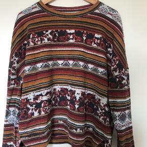 Fin bluse i efterårsfarver fra Zara. Den fejler ingenting.
