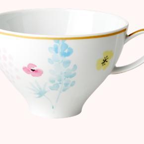 BYTTER IKKE Smukke porcelænskopper, som er udsolgt Jeg har 8 stk - sælger samlet