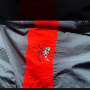 Fed retro jakke fra H2O, byd løs🥰