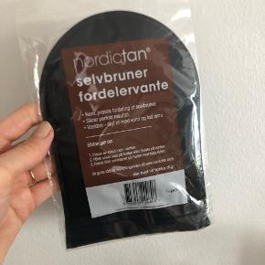 Nordic Tan selvbrunerhandske  Ny