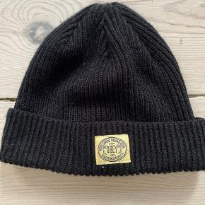 Obey hat & hue