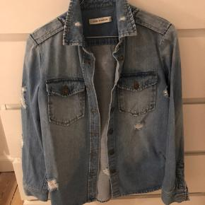 Cool denim skjorte/jakke.