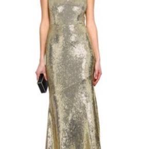 Smuk paillet kjole fra Rachel Zoe.  Str. US 8 - svarende til en str. L. Der er stretch i stoffet, så den sidder utroligt flot. (95% rayon, 5% spandex).  Nypris: €586 = ca. 4372kr.