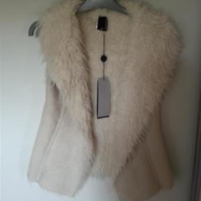 Soulmate vest
