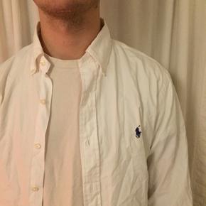 Lækker Ralph lauren skjorte.  M (fitter L)