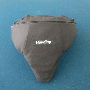 Hövding cykel-airbag, brugt ca en måned, lidt smudsig indeni , men jeg tænker den kan vaskes.  Str. small.
