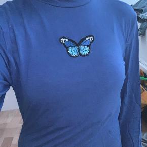 Meget fin trøje fra hm.  Ingen skader.  God men brugt.  Np: ?  Mp: 20kr