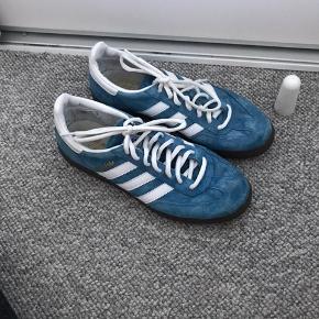 Adidas special str.40 2/3 stort set ikke brugt  Jeg er åben for bud så fyr 👍🏻 bytter også