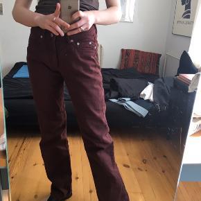 Nye bukser fra Arket, byd!
