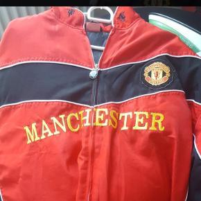 Manchester United Jakke. Kom med bud!