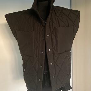 HUMBLE BY SOFIE BUCKA vest