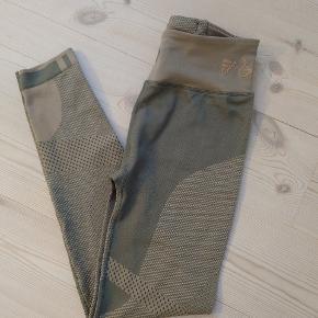 Adidas vs. Wood Wood tights - aldrig brugte