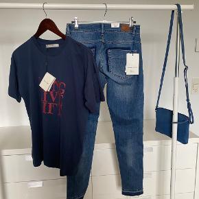 Tshirt 200kr, Ny jeans Hunter 250kr