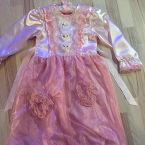 Rigtig sød kjole 116. Udklædning ny