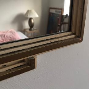 Gammelt fint unikt spejl. 40x77 cm.