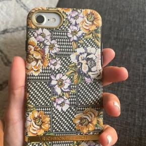 Cover fra richmond & finch, til iphone 7 aldrig brugt nypris 300