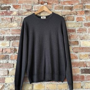 By Heritage sweater