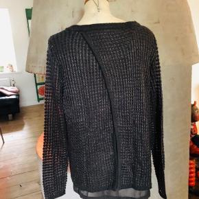 Super fin bluse med fede detaljer