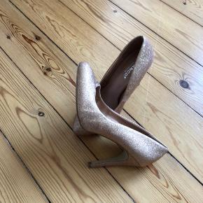 Det ser fint ud og spørg gerne ind til sko og tøj mht priser , ok 👚👖👀