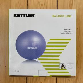 Kettler Gym Ball. Lilla bold til træning af ryg eller brug den som stol. 75 cm. Aldrig brugt, stadig i original emballage.