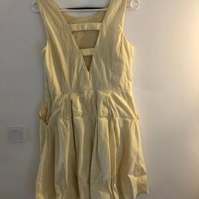 Sød kjole str. 40 fra esprit 100 % bomuld Brugt 1 gang