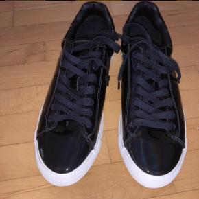 Blanke Mørkeblå helt nye ZARA sko, str 44
