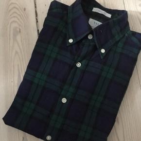 Gant Skjorte - slim fit - str Small Nypris 900,-