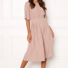 Happy Holly kjole