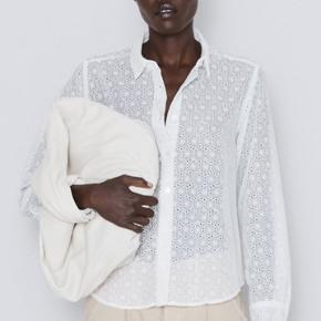 Lækker ny skjorte fra Zara 💫🌼 se også mine andre annoncer🍍