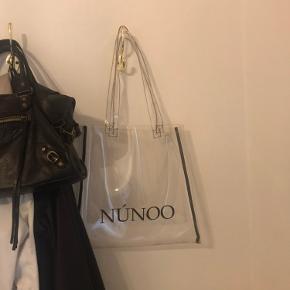 Flot nunoo gennemsigtig taske. Aldrig brugt. 150kr