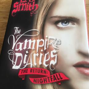 Engelsk udgave The vampire diaries The return nightfall
