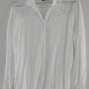 RESERVED skjorte