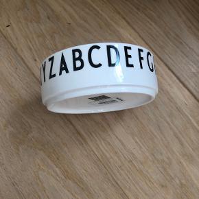 Design Letters porcelæn