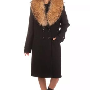 RP €1130 ANTONIO D'ERRICO Women's Virgin Wool Coat Size IT 44 / M Fully Lined Detachable Collar Double Breasted Peak Lapel Collar  Raccoon Fur