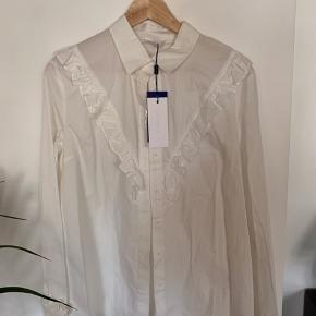2nd Day Marete skjorte, aldrig brugt.