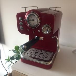 Sælger denne kaffemaskine. Den er kun brugt 1-2 gange, fremstår derfor helt som ny.