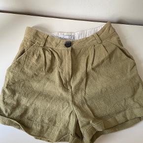 Lefties Shorts