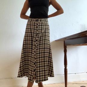 Levete nederdel