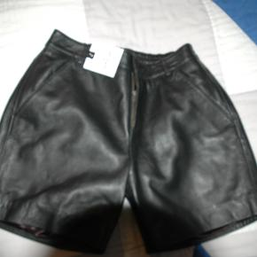 DEPECHE shorts