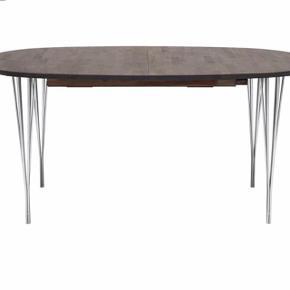 Haslev spisebord B:105, L:160 Nypris for kun spisebord: 12199kr.   Medfølger: 2x tillægsplader                      6-trådsben i krom 4 stk.                      6x stole (Nypris 1499kr.pr.stk.)  Sender gerne flere billeder.