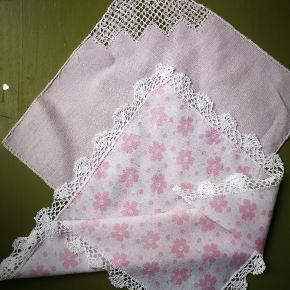 4 x vintage /retro lommetørklæder. Til dekoration eller opsyning. Samlet 44 kr