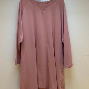 Smuk oversized sweat kjole Vasket to gange