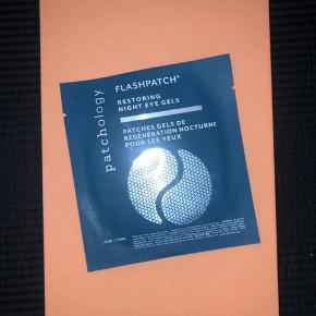 FLASHPATCH ~ restoring night eye gels original pris: 330kr Min pris: 100kr