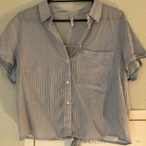 Bershka skjorte
