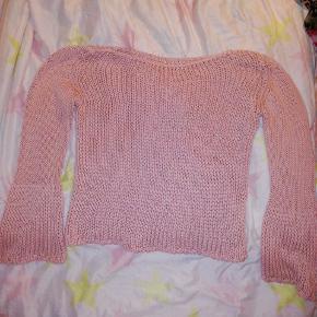 Strikket bluse.  rosa. Str small. 25 kr. #30dayssellout