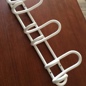 Hvid retro knagerække, mål: 39,5  cm lang