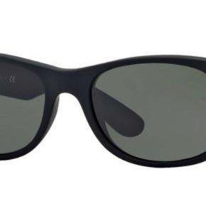 Solbriller fra Ray-Ban Model: New Wayfarer RB2132 622