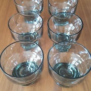 Seks små dessert skåle fra Holmegaard, Canada Smoke. Sælges samlet. Pris 300,-